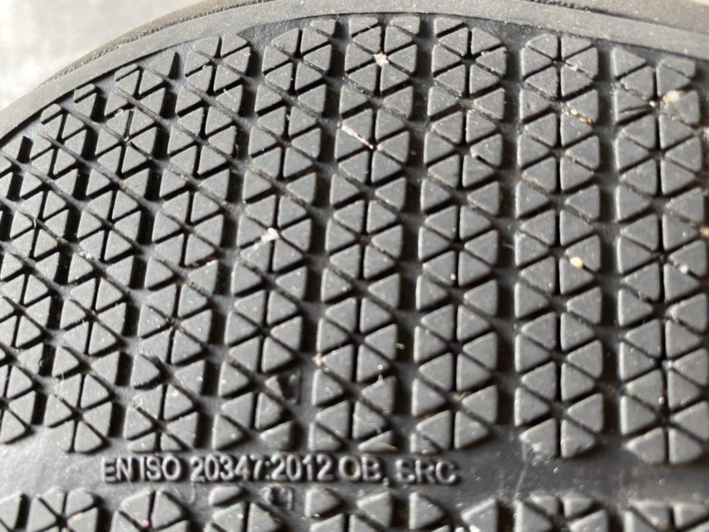 クロックスビストロの靴底